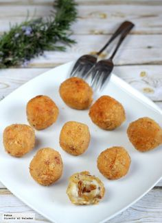 Croquetas Puero Confitado Veggie Recipes, Vegetarian Recipes, Cooking Recipes, Love Eat, Love Food, No Cook Appetizers, Guacamole, Food Humor, Food To Make