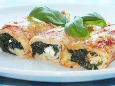 Zapiekane+Naleśniki+ze+Szpinakiem+i+Fetą. Spanakopita, Feta, Chicken, Ethnic Recipes, Cubs