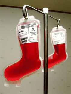 Vampire Christmas Stockings - this would be hilarious if I didn't have a roommate who would faint at the sight of them.