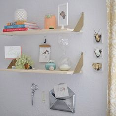 See how I filled my office space with creative inspiration!