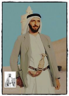 https://flic.kr/p/RtTVVv | الشخ زايد آل نهيان - أبوظبي قصر الحصن عام 1956 | Sheikh Zayed Al Nahyan - Abu Dhabi Qasr Al Hosn in 1956  ..................................................................................................... This image is in fact black and white and rare pictures Colors, it's clear in the image of my design