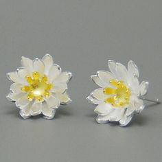をフライリーフ925スターリングシルバーイヤリングエレガントな蓮の花スタッドピアス低刺激性スターリング-銀のジュエリー