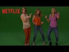 Candace Cameron-Bure, Jodie Sweetin, and Andrea Barber get their dance on backstage at Fuller House - now streaming on Netflix. The Full House adventures con. House Whip, Fuller House Cast, Stephanie Tanner, Dj Tanner, New Viral Videos, House Star, Candace Cameron Bure, Now Watch, Full House