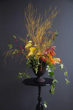 Humle 2 Midsummer's Eve, Floral Style, Amazing Flowers, Ikebana, Garden Inspiration, Flower Power, Flower Arrangements, Bouquets, Florals