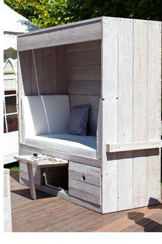 gartenhaus grau wei moderner gartentrend mit stil gartentrend grau wei pinterest graue. Black Bedroom Furniture Sets. Home Design Ideas