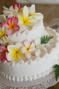 ウエディングケーキ いろいろ・・ の画像|ラニカイ&カイルア ハワイ挙式 グローバルウエディングGlobal Wedding ブログ