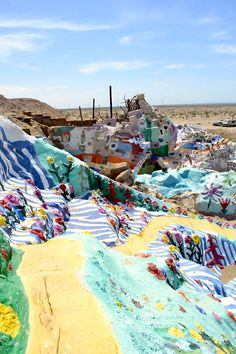 We visited the colourful Salvation Mountain yesterday and can't wait to do our photo file from all our images #salvationmountain