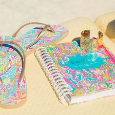 Agendas have landed. Note to self: Schedule more loooonggg weekends. #BuyMeLilly