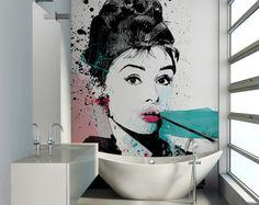 #Fototapeta do #łazienki z wizerunkiem #Audrey #Hepburn