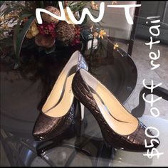 ‼️ $35 OFFRETAIL‼️HUGE MARKDOWN SZ 7.51‼️‼️ NWT 1/2 GIANI BINI ALLIGATOR PRINT LEATHER PUMPS.  These are in a bronze color that goes with everything.shoes have only been tried on in house NEVER WORN Gianni Bini Shoes Heels