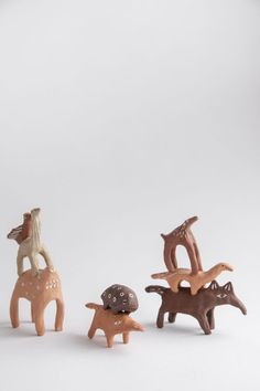 Creature Pile no. 9 - 3 stack Each individually hand sculpted and one of a kind. Ceramic Tableware, Ceramic Pottery, Ceramic Art, Ceramics Projects, Ceramic Animals, Cute Little Things, Projects For Kids, Wooden Toys, Cool Designs