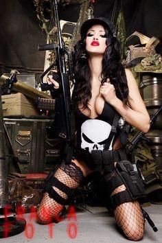 Warrior Woman Punisher Costume, Punisher Cosplay, Marvel Cosplay, Punisher Marvel, Models, Cool Costumes, Costume Ideas, Halloween Costumes, Best Cosplay