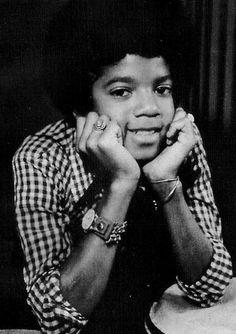 Young Michael :) -  Cuteness in black and white ღ @carlamartinsmj