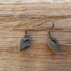 Boucles d'oreilles émail taupe et bronze