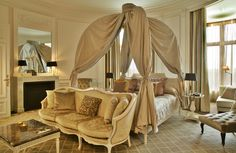 Tiara #Château Hôtel Mont Royal #Chantilly. Tiara Mont Royal, Chantilly, France http://www.tiara-hotels.com/fr/chateau-hotel-mont-royal