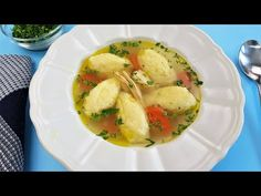 Cum sa facem galuste pufoase de gris care nu se sfarama si care nu raman tari. - YouTube Soup Recipes, Chicken Recipes, Lunches And Dinners, Meals, Romanian Food, Romanian Recipes, I Foods, Meal Prep, Baking