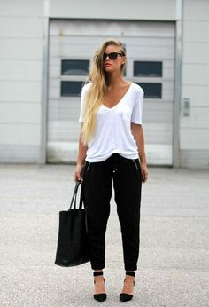 En otoño office outfits women casual, office look women, casual office wear Office Look Women, Office Attire Women, Work Attire, Trajes Business Casual, Business Casual Outfits, Classy Outfits, Glamorous Outfits, Chic Outfits, Everlane Clothing