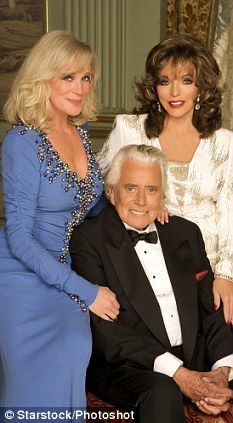 Star Joan Collins was only meant to be in the hit soap for six weeks. Old Tv Shows, Movies And Tv Shows, V Drama, Dynasty Tv Show, John Forsythe, Der Denver Clan, Dallas, Dame Joan Collins, Linda Evans