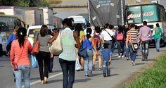 Caos vehicular en vías de acceso a #Cali #ProclamadelCauca http://www.proclamadelcauca.com/2014/03/caos-vehicular-en-vias-de-acceso-a-cali.html @alcaldiadecali