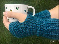 Bezprstové rukavice / Fingerless gloves - free pattern Fingerless Gloves, Arm Warmers, Free Pattern, Fingerless Mitts, Sewing Patterns Free, Fingerless Mittens