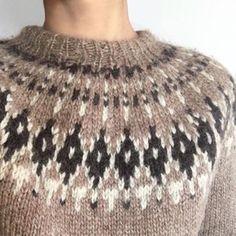 icelandic sweater Icelandic Sweaters, Knitted Hats, Wool, Knitting, Baby, Fashion, Knits, Dots, Manualidades