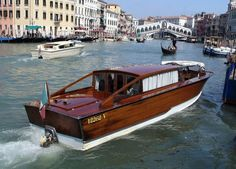 23 of coolest and most unusual taxis from around the world - Venice