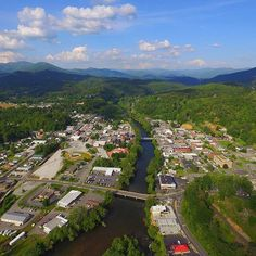 Aerial view of downtown Bryson City. Romantic Asheville, Bryson City Nc, Mountain Vacations, Great Smoky Mountains, Aerial View, Travel Guides, Dolores Park, North Carolina, Smoky Mountain