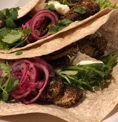 Punasipulipikkelsi – SAARISTON MARTTA Martini, Tacos, Mexican, Ethnic Recipes, Food, Essen, Meals, Martinis, Yemek