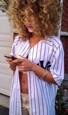 77256e069 shirt jersey baseball stripes curly hair fashion gold white khaki black  oversized baseball jersey new york