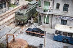TrainScape: Paso a nivel de Peñuelas 11º Madrid, Art Model, Model Trains, Model Photos, Scale Models, Diecast, Trains, Templates, Railroad Photography