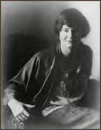 "Hadley Richardson - was Ernest Hemingway's first wife. They were together in Paris during the period covered by Hemingway's ""A Movable Feast. Ernest Hemingway, Pauline Pfeiffer, Hadley Richardson, The Paris Wife, Karen Blixen, The Sun Also Rises, Nobel Prize In Literature, People Of Interest, Scott Fitzgerald"