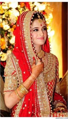 Latest Pakistani and Indian Bridal Hairstyle Trend 2014 Pakistani Bridal Wear, Pakistani Wedding Dresses, Indian Dresses, Indian Outfits, Desi Bride, Desi Wedding, Wedding Bride, Wedding Sari, Bridal Outfits