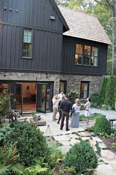 backyard-terrace.jpg 512×768 pixels