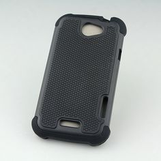 Triple defender case in Black color enhances its rugged look! Check out more now at goo.gl/Mk3r5e