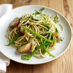 Fast Mario Batali Recipe: Trenette with Pesto, Beans and Potatoes #Quickies #Italian Seduction
