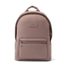 Dagne Dover Medium Dakota Backpack In Dune- laptop backpack & gym backpack Best Carry On Backpack, Gym Backpack, Fashion Backpack, Travel Backpack, Mochila Kpop, Mens Gym Bag, Dagne Dover, Lightweight Backpack, Baggy