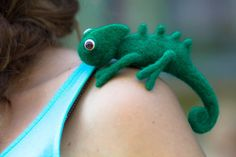 artist reptile, Eco friendly toy, Wool chameleon, Felted chameleon,Reptile, Toy Felt,Needle Felted Animals,Birthday gift,Home décor