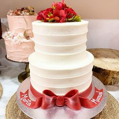 #celebrandolavida #somoselpostre #belloybueno Mo S, Vanilla Cake, Desserts, Deserts, Tailgate Desserts, Postres, Dessert, Plated Desserts