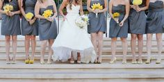 bridesmaids bouquets in the same color but different flowers