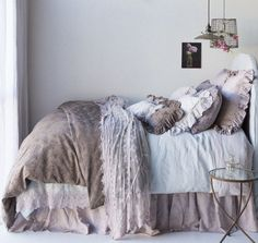 Get exclusive discount luxury bedding from the Bella Notte Linens Outlet Store. Save on Bella Notte linens, bedding, duvet covers, throw pillows, &pillow shams. Romantic Bedding Sets, Vintage Bedding Set, Camas Shabby Chic, Luxury Duvet Covers, Luxury Bedding Collections, Shabby Chic Bedrooms, Bed Design, Home Furnishings, Boudoir