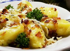 Škubánky na slano recept - TopRecepty. Food 52, Baked Potato, Potato Salad, Macaroni And Cheese, Cauliflower, Ale, Food And Drink, Eggs, Potatoes