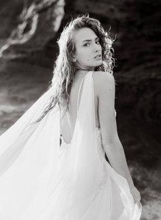 Ethereal bridal inspiration on the Hawaiian coast via Magnolia Rouge South Africa Beach, Beautiful Islands, Oahu, Ethereal, Magnolia, Hawaiian, Wedding Inspiration, Gowns, Bridal