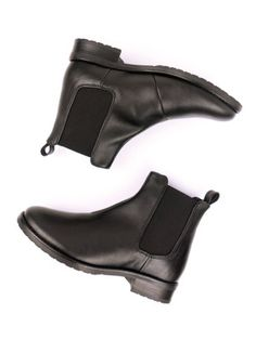 Will's Vegan Shoes Womens Black Vegan Smart Chelsea Boots at wills-vegan-shoes.com