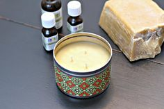 How to make DIY Aromatherapy Candles for an easy handmade gift. Also a list of essential oils and their aromatherapy benefits.