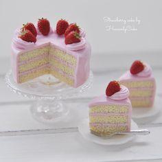 #miniature #strawberry #cake #polymerclay #ミニチュア #ケーキ #いちご #ドールハウス