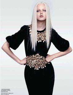"""Minimal Baroque"" | Model: Lindsey Wixson, Photographer: Sharif Hamza, Vogue China, October 2012"