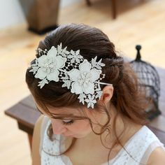 Shooting starWoomi lace bridal headband - white, ivory, pale silver