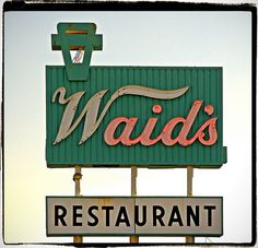 Waid's Restaurant on 50 Highway at Lee's Summit, Missouri.