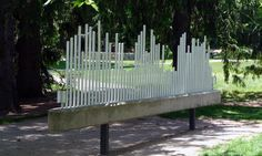 Paul Matisse - The Musical Fence, 1980, made of aluminum sounding bars and reinforced concrete.