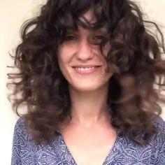 Curly Hair Fringe, Thin Curly Hair, Curly Hair With Bangs, Curly Hair Tips, Curly Hair Styles, Curly Hair Layers, Curly Hair Bangs, Long Layered Curly Hair, Haircuts For Curly Hair